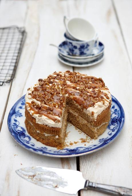 Clams Handmade Cakes